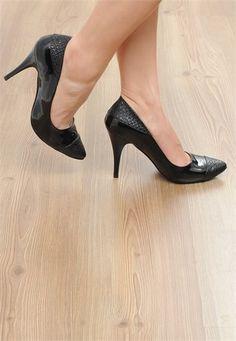 Podyumtozu, Yılan Derisi Desenli Rugan Siyah Stiletto Stiletto, Kitten Heels, Shoes, Fashion, Moda, Zapatos, Shoes Outlet, Fashion Styles, Shoe