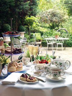 """One day I will trade my """"classic"""" (meaning boring) Lenox china for Wedgwood Wild Strawberry."""