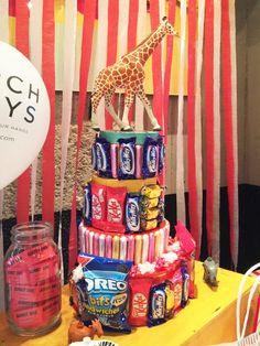 大人もこどもも盛り上がろう!お菓子タワーの作り方  by OIWAI LABO