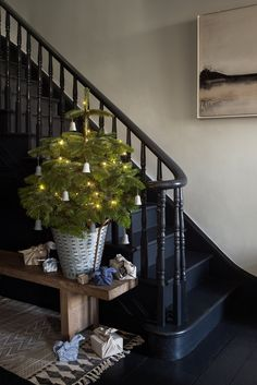 Small entrance halls on pinterest small entrance entrance halls and office entrance - Adding character to your hallway with a hall tree ...