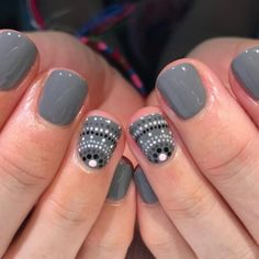 Polka dot accent nails for Kasey (Hey, Nice Nails!) – … Polka dot accent nails for Kasey (Hey, Nice Nails!) – …,Nail Designs Polka dot accent nails for Kasey Get Nails, Fancy Nails, Pretty Nails, Hair And Nails, Nice Nails, Orange Nail Designs, Dot Nail Designs, Orange Nail Art, Accent Nail Designs