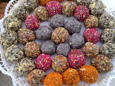 Truffles, Fudge, Sweet Recipes, Food And Drink, Barbie, Cookies, Cake, Ethnic Recipes, Lollipops
