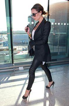 Blazer, skinnies and heels. Yes.
