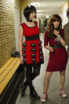 Dalek Bbc Doctor Who, Doctor Who Tardis, Christmas Costumes, Halloween Costumes, Cosplay Costumes, Cosplay Ideas, Costume Ideas, Doctor Who Cosplay, Doctor Who Companions