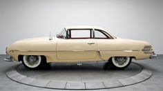 Italian from Detroit: 1953 Hudson Italia Prototype American Auto, American Classic Cars, Fiat 500, Vintage Cars, Antique Cars, Car Side View, Car Pictures, Car Pics, Big Three
