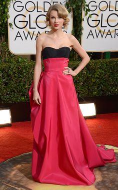 Taylor Swift looks lovely in Carolina Herrera! #fashion