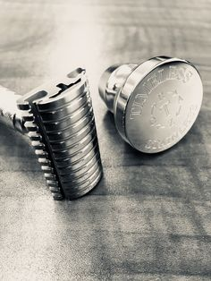 Our stainless steel safety razors are made in the USA. CNC machining, and polishing by hand, results in the best shaving safety razors in the world. Classic Barber Shop, Best Safety Razor, Shaving Trimmer, Shaving Blades, Close Shave, Wet Shaving, Hair And Beard Styles, Badger, Big Boys