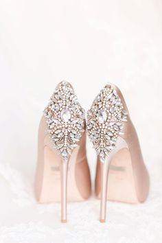 Navy and blush El Chorro wedding. Men in slate blue suits, ladies in blush-lavender chiffon full length gowns. Badgley Mischka Blush pumps for the bride. The perfect wedding day shoes. http://fancytemplestore.com