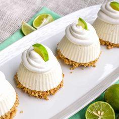 Mini Key Lime Pie via @danadevolk Key Lime Desserts, Summer Desserts, Just Desserts, Summer Food, Mini Desserts, Frozen Key Lime Pie, Mini Key Lime Pies, Pie Recipes, Dessert Recipes