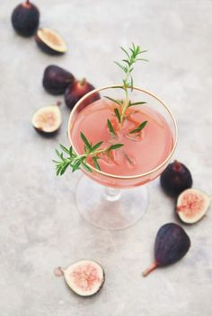 How delicious does this Fig and Thyme Rum Cocktail look? And it doesn't hurt that it is the perfect shade of pink!