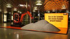 "Neue Airport Installation ""Schotter"" am Airport Hannover | Sixt Mietwagen Blog"