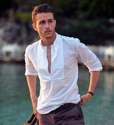Beyaz erkek gömlek modelleri - http://www.modelleri.mobi/beyaz-erkek-gomlek-modelleri/