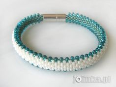 Z całego serca ...: I znowu koraliki Beaded Bracelets Tutorial, Diy Bracelets Easy, Loom Beading, Beading Patterns, Bead Crochet Rope, Beaded Crochet, Beaded Jewelry Designs, Polymer Clay Jewelry, Lany