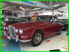 Car brand auctioned:Jaguar 420 1967 Car model jaguar 420 Check more at http://auctioncars.online/product/car-brand-auctionedjaguar-420-1967-car-model-jaguar-420/