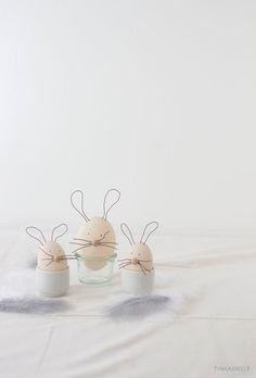 DIY Osterhasen - Anhänger aus Styroporeiern