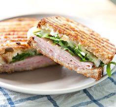 #Recipe: Ham, Brie, Marmalade and Arugula Pressed Sandwich