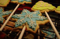 Snowflake cookie pop
