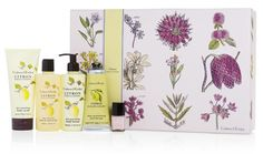 Fantastic NEW Giveaway! Win a Deluxe Gift Set from Crabtree & Evelyn on Chic Luxuries. Details: http://www.chicluxuries.com/2015/05/crabtree-evelyn-review-and-giveaway.html