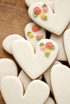 How to Make Rustic Speckled Heart Cookies - The Sweet Adventures of Sugar Belle Flower Sugar Cookies, Rose Cookies, Sugar Cookie Royal Icing, Iced Sugar Cookies, Fancy Cookies, Sweet Cookies, Valentines Day Cookies, Easter Cookies, Birthday Cookies