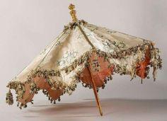Brocaded silk parasol, c.1690-1710