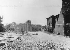 Foto storiche di Roma - Via del Mare e la Chiesa di San Nicola in Carcere durante le demolizioni Anno: 1932