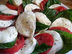 Inslata di Caprese - our summer fave Fresh basil & roma tomatoes from our garden Fresh mozarella from an Italian deli Olive Oil Basalmic Vinegar EAT! Appetizer Recipes, Salad Recipes, Appetizers, Great Recipes, Favorite Recipes, Italian Deli, Fresh Mozzarella, Light Recipes, Summer Salads