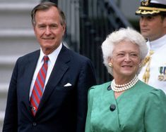 Aké boli prvé dámy posledných amerických prezidentov? Jedna z nich svojho manžela nenávidela ako politika - Akčné ženy Roman, Captain Hat, New York, Bridal, Trust, Advice, Style, Fashion, Swag