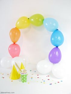 DIY Easy Rainbow Balloon Arch - make this party decor for your Saint Patrick's Day celebrations or a colorful birthday party, without the need for helium or wire frames! Balloon Crafts, Balloon Party, Balloon Ideas, Rainbow Balloon Arch, Colorful Birthday Party, Party Themes, Party Ideas, Rainbow Parties, Party Crafts