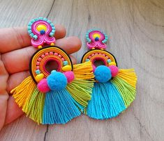 Trendy and Stylish Home-Made Designs of Earrings for All Beautiful to-Be-Brides Bead Embroidery Jewelry, Textile Jewelry, Fabric Jewelry, Clay Jewelry, Beaded Embroidery, Soutache Earrings, Pink Earrings, Tassel Earrings, Statement Earrings