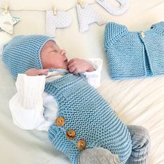 Cute Babies, Baby Kids, Knit Crochet, Crochet Hats, Baby Knitting Patterns, Baby Boy Outfits, Kids Rugs, Couture, Clothes