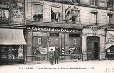 Les cabarets du Paris d'antan Le cabaret d'Aristide Bruant, 84 boulevard Rochechouart... (carte postale, vers 1900)