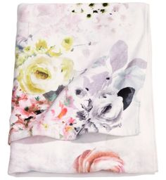H&M Floral Bath Towels