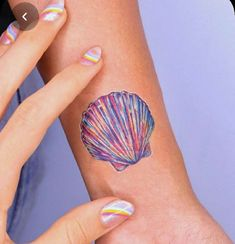 20 Small Tattoo Ideas For Women Seashell Tattoos, Palm Tattoos, Ocean Tattoos, Bff Tattoos, Mini Tattoos, Body Art Tattoos, Beachy Tattoos, Tatoos, Tattoo Art