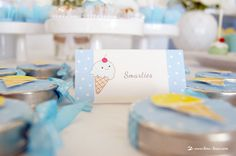 Details for this ice-cream themed baby shower rora com bolinhas e uma patinha