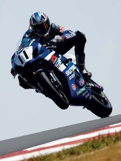 Ben Spies on the Suzuki GSXR1000.  Back when he was racing in AMA Superbike.