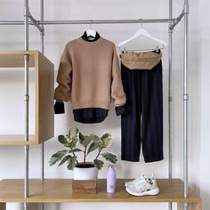 ftc_cashmereOutfit inspiration from our partner shop @glore_zuerich 💜 Wear your favourite jumper with casual trousers and add some fancy sneakers. Wardrobe Rack, Your Favorite, Jumper, Cashmere, Trousers, Fancy, Sneakers, Casual, How To Wear