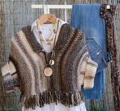 Tricotado à mão - como sempre! Crochet Jacket, Knitted Poncho, Crochet Cardigan, Knitted Shawls, Knitted Blankets, Crochet Shawl, Knit Crochet, Pull Grosse Maille, Knit Wrap