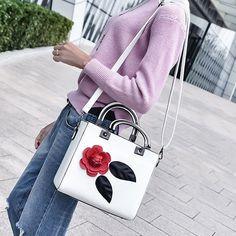 30.6$  Watch here - http://dixfc.justgood.pw/go.php?t=199682501 - Petals Color Block PU Leather Handbag