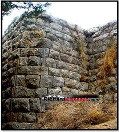 Cyclopean Ruins Assini 1
