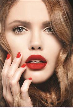 #valentinesdaymakeup #redmakeup #lovemakeup #lips #redlips #rednails