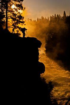 >> Dillon Falls, Deschutes National Forest, Oregon; photo by John Bruckman