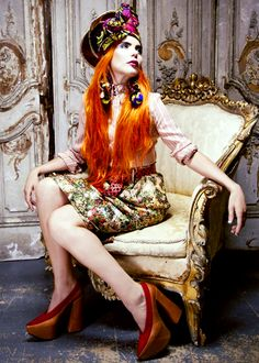 Raised by a strong single mother and four formidable aunts, Paloma Faith knows a thing or two about female empowerment. And now the singer-songwriter wants to pass on her hard-wired values and inspire other talented young women. Colorful Fashion, Love Fashion, Fashion Vintage, Womens Fashion, Vivienne Westwood, Red Hair Looks, Paloma Faith, African Inspired Fashion, African Fashion
