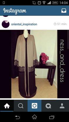 Abaya Fashion, Modest Fashion, Islamic Women's Clothing, Black Abaya, Abaya Designs, Modest Wear, Islamic Fashion, Muslim Women, Fashion Books