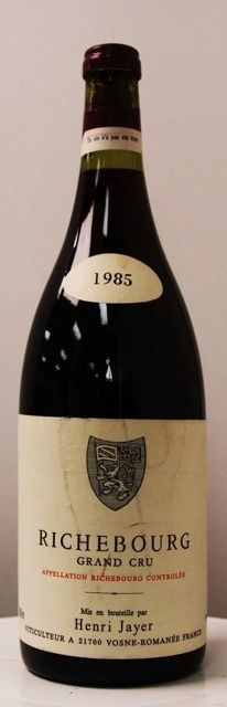 Henri Jayer - Richebourg 1985 - Grand Cru / Vosne Romanée / Cote de Nuits / Burgundy / France. One of the most expensive wines of the world. Wine Spectator : 99 /100, Burghound : 97/100, Vintages Tastings, 97/100, Parker : 94/100. Average Score : 96,75 . Average Price : 15000 USD