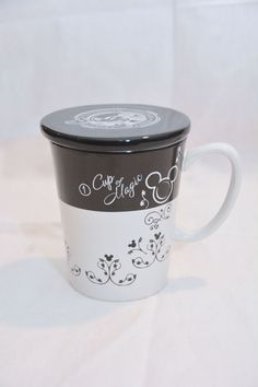 Disney Cup of Magic Mickey Mouse Mug with cover Great Condition