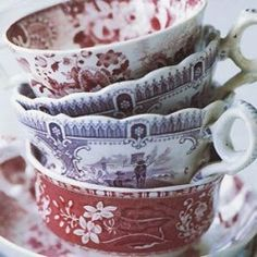 I love transferware! Old transferware Vintage Dishes, Vintage China, Vintage Teacups, Vintage Kitchen, Vintage Art, Coffee Cups, Tea Cups, Coffee Time, Cafetiere