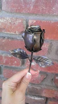 Thankful reputed welding for beginners next page Metal Art Projects, Welding Projects, Metal Crafts, Metal Roses, Metal Flowers, Ceramic Pottery, Ceramic Art, 11 Year Anniversary, Blacksmith Projects
