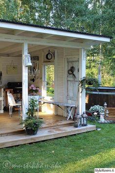 50 Best Stunning Backyard Storage Shed Design and Decor Ideas Patio Pergola, Backyard Patio, Outdoor Rooms, Outdoor Living, Outdoor Decor, Backyard Storage Sheds, Shed Design, Garden Cottage, Backyard Retreat