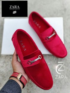 Mens loafer mensloafers is part of Loafers shoes outfit - Mens Fashion Shoes, Sneakers Fashion, Fashion Fashion, Best Shoes For Men, Shoes Men, Gentleman Shoes, Style Masculin, Velvet Shoes, Suede Leather Shoes