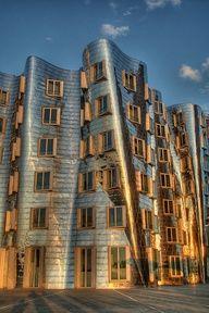 Frank Gehry building in Dusseldorf, by Ozan